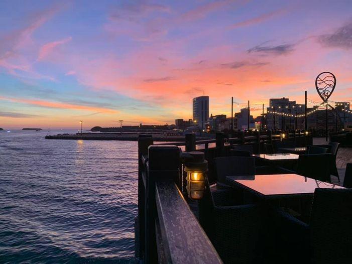 吹吹風精品咖啡館碼頭餐酒館圖片